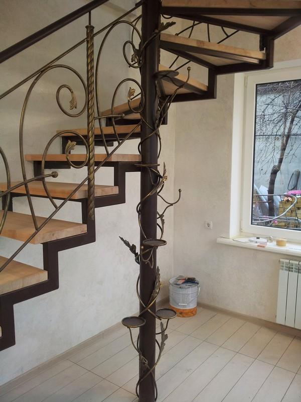 Сварная с элементами ковки Лестницы в Курске, лестница на второй этаж частного дома недорогая красивая современная воздушная
