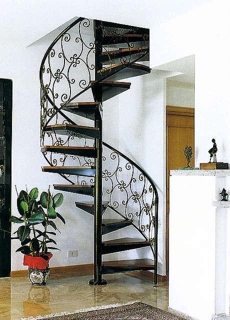 Сварная винтовая лестницаЛестницы в Курске, лестница на второй этаж частного дома недорогая для самостоятельной сборки красивая современная воздушная